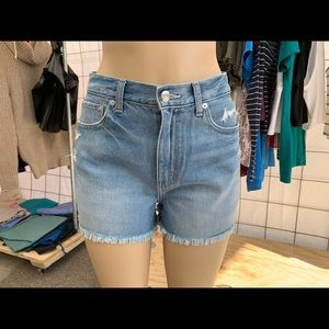 American Eagle Mom Short